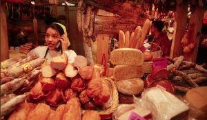 Продажа мяса в мясном магазине – активный подход.