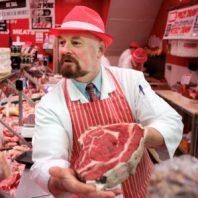 Как открываться, если мясом торгуют все кому не лень?